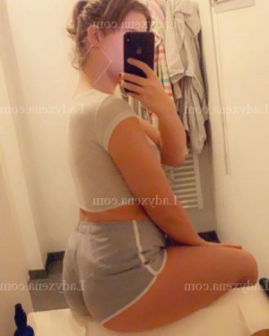 Aourell escorte girl massage sensuel
